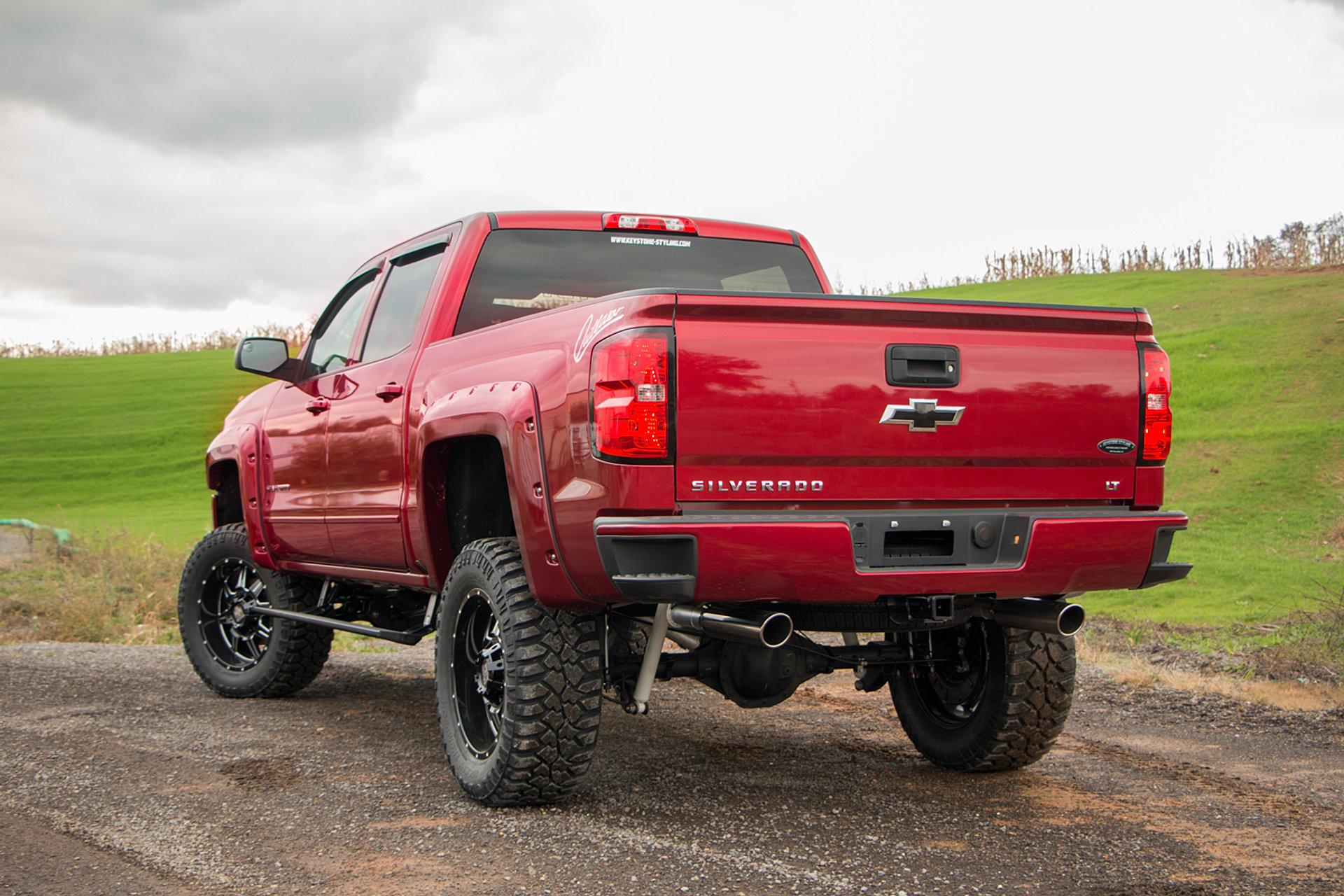 2018 Chevrolet Silverado Outlaw Edition