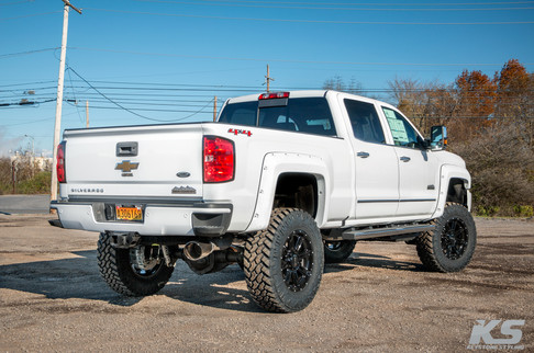 Chevy-2500hd-white-Nov-10-02.jpg