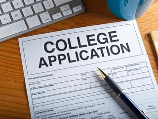 Seniors Prepare for Application Season