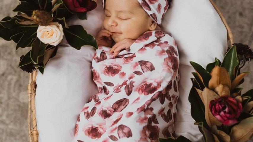 Fleur | Snuggle Swaddle & Topknot Set