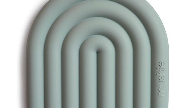 Mushie Teether Rainbow Cambridge Blue