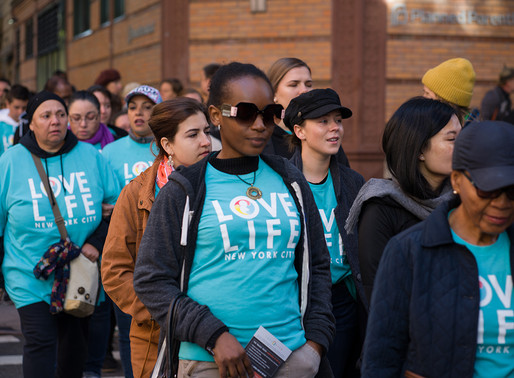 300 Christians Unite Outside NYC Planned Parenthood to Celebrate Love and Life