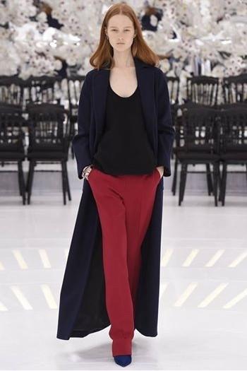 Grace Simmons Brisbane model in Paris.jpg