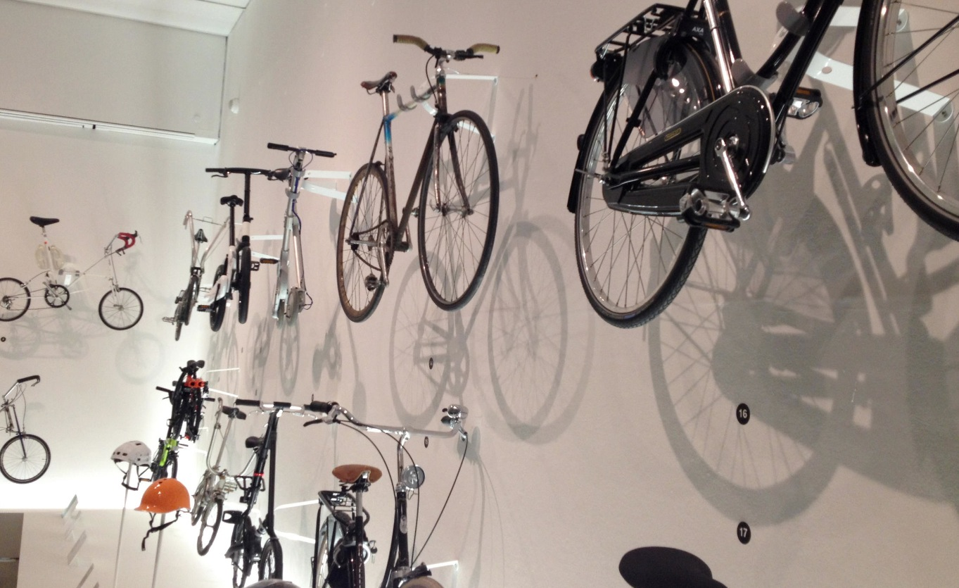 DMbikewall