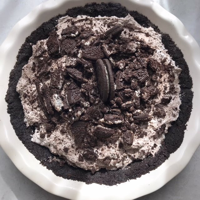 Oreo Cheesecake Pie