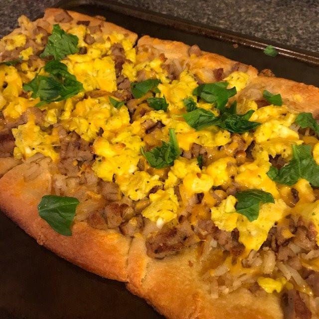 Yummy Breakfast Pizza