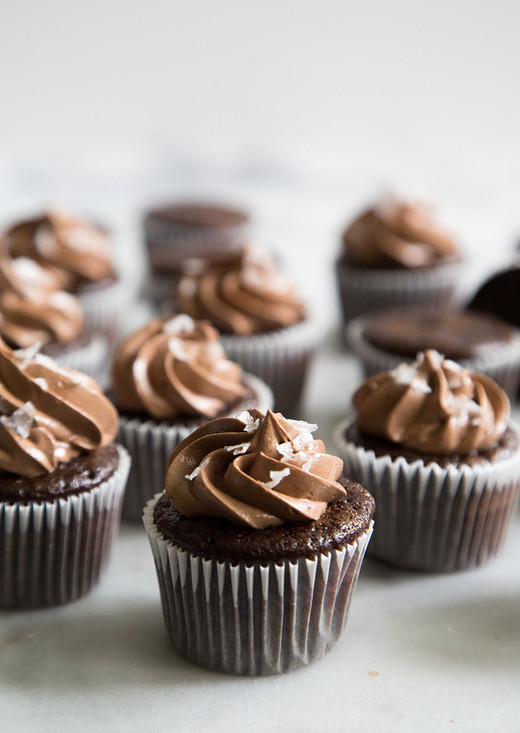 mini choc cupcake.jpg