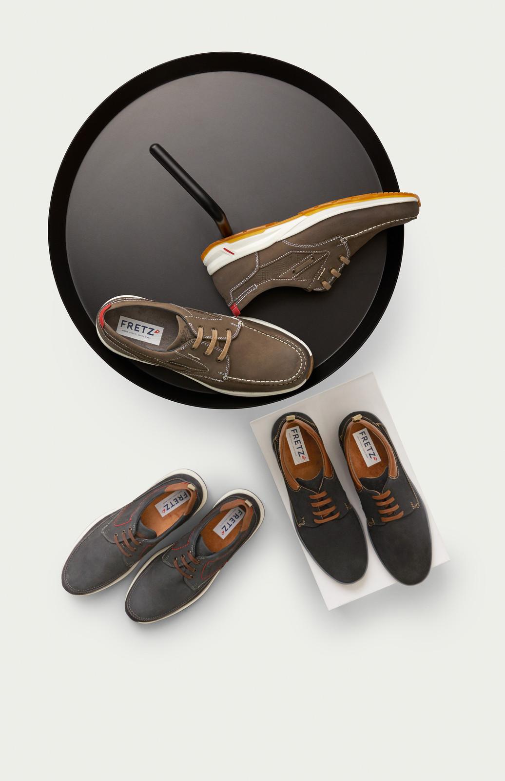 S H Shoes