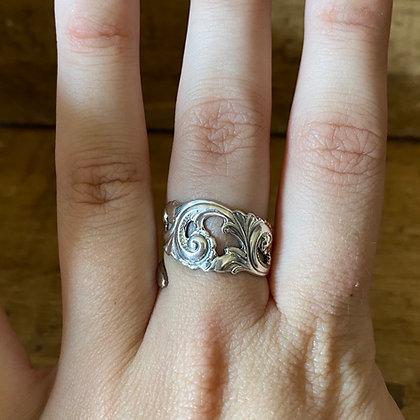 Norwegian Handle Ring