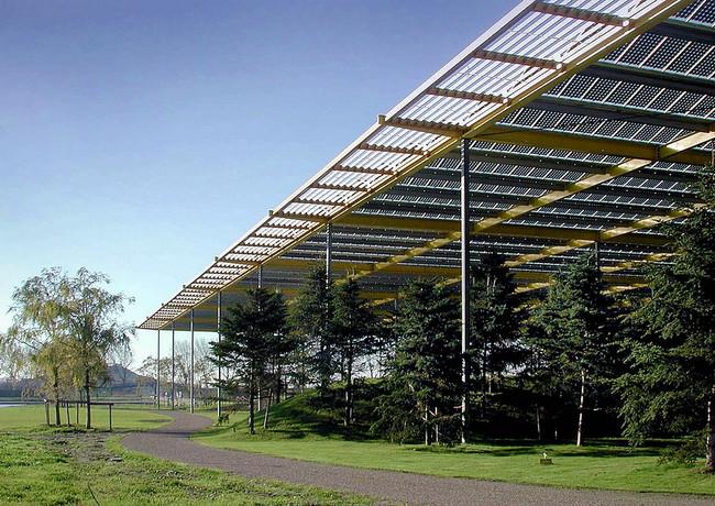 Floriade, PV dak van het Hoofdgebouw, Noordorp.