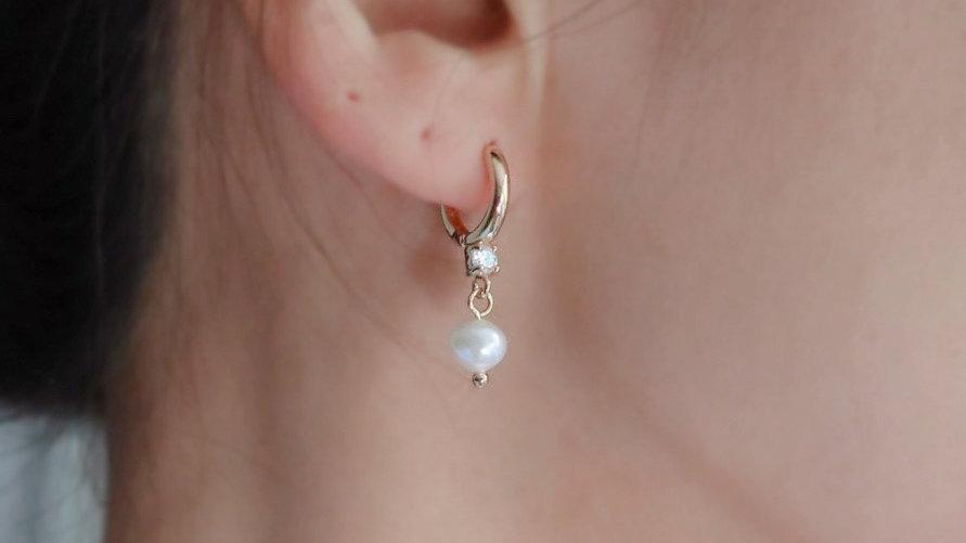 Alba Hoop Earrings