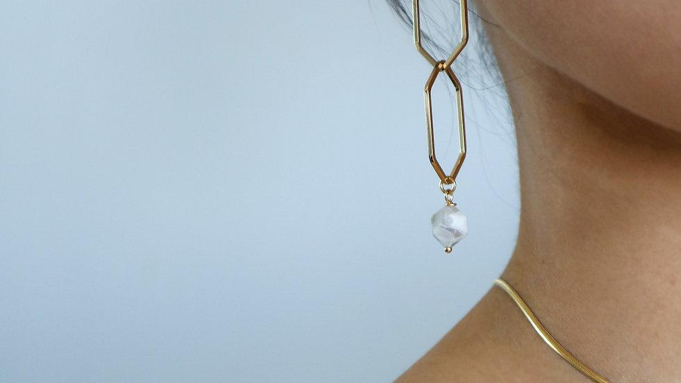 Lupia Earring
