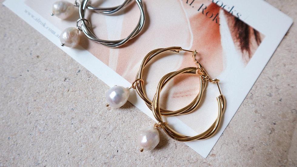 BGFP67 Large Screw Pearl Earrings