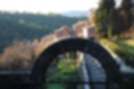 Village de Saint-Martin de Pallières, abritant la Cathédrale Souterraine, Monument Historique. Plus grande citerne d'Europe au 18ème siècle. Var. Visites. Saint-Maximin la Sainte Baume