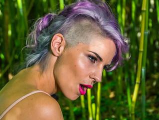 Lea Sirk releases a new single called 'Moj Profil'
