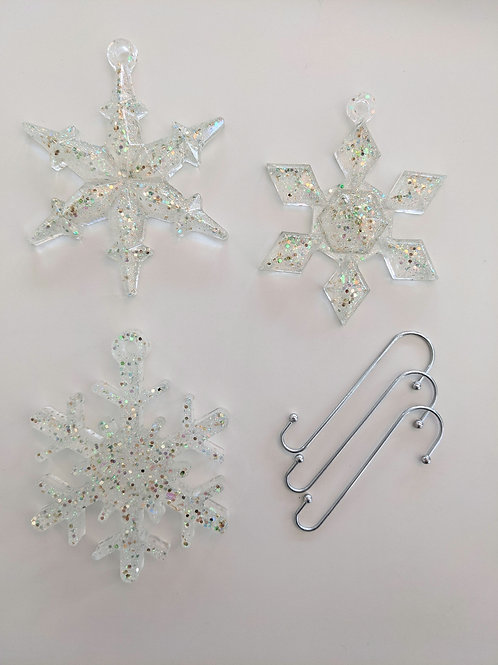 Beautifully Vintage Resin Snowflake Ornaments - Set of 3 with Hooks