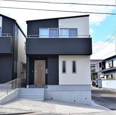 長崎市西山台 並列駐車場付 4SLDK新築建売一戸建て シンプルモダン住宅 LI