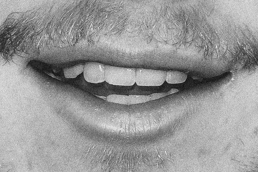 SAM's LIPS. NOISY.jpg