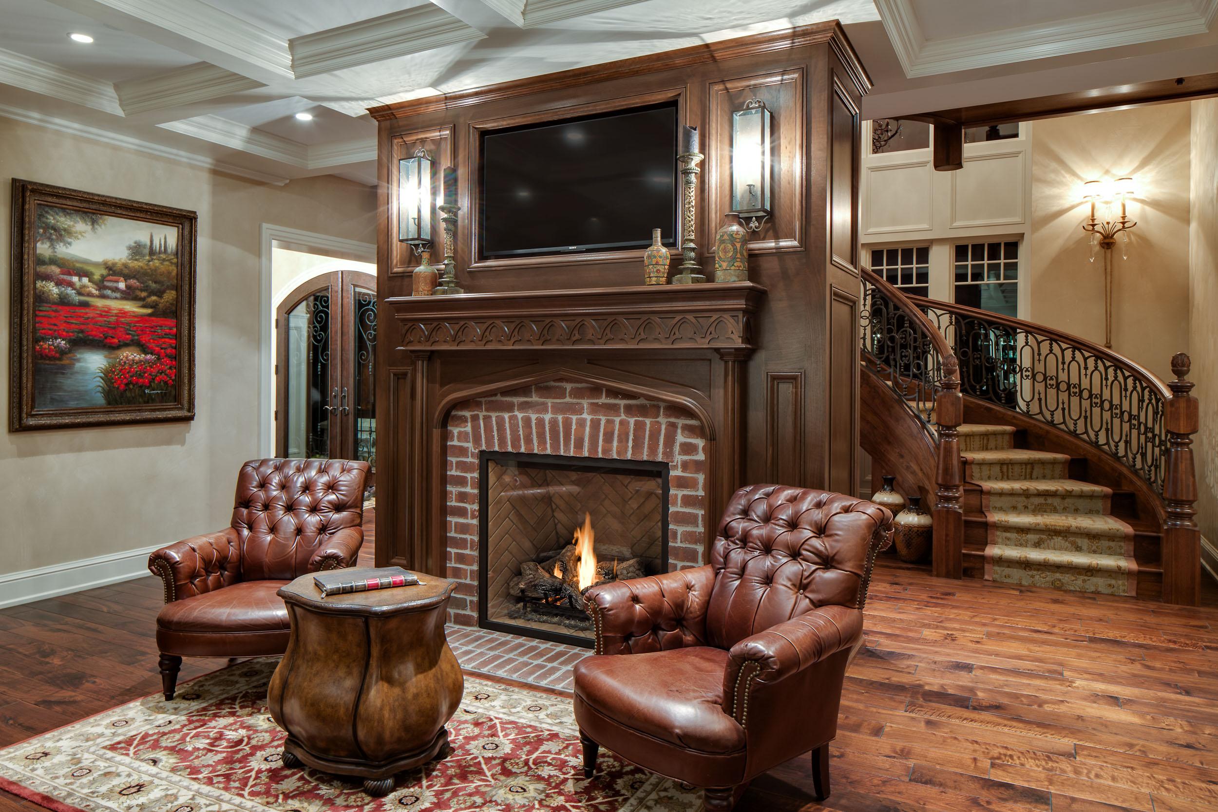 Lake Home Fireplace Image