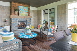 lake-cottage-screen-porch-image