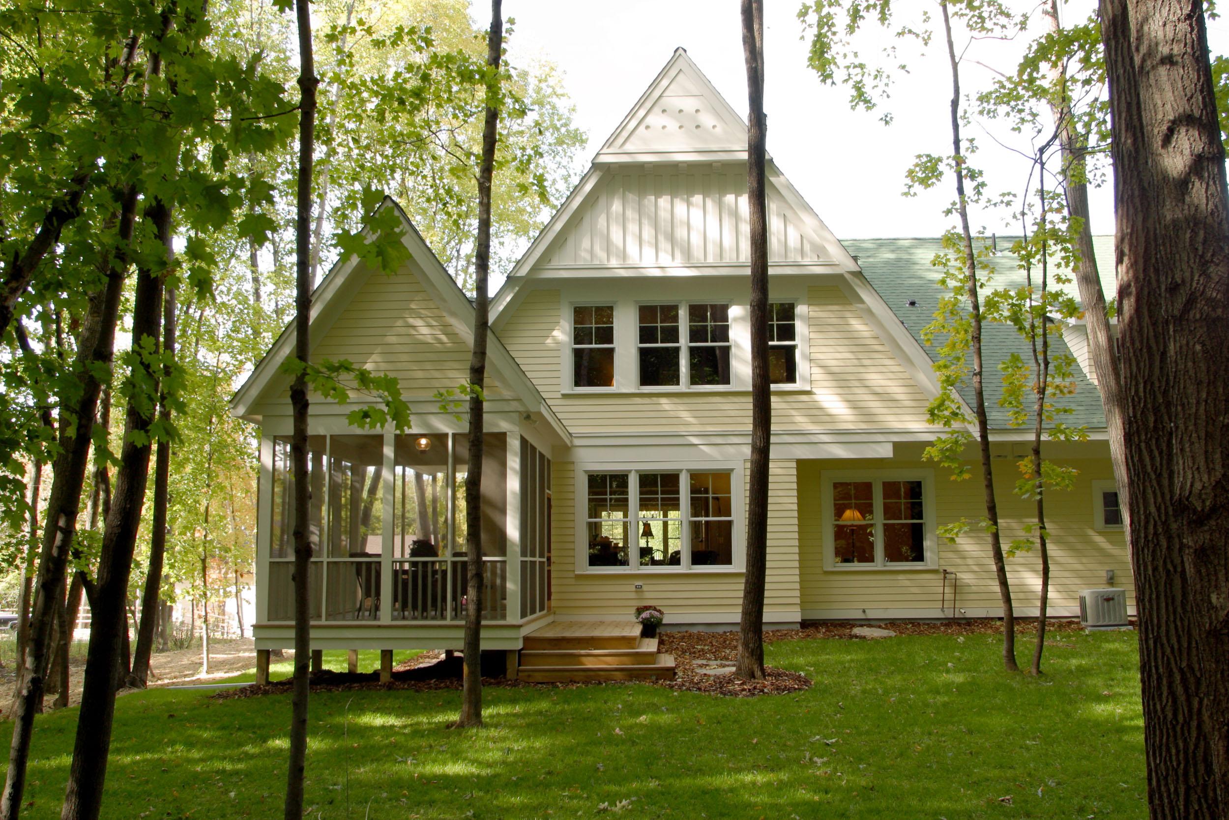 Modern Cottage Exterior Image