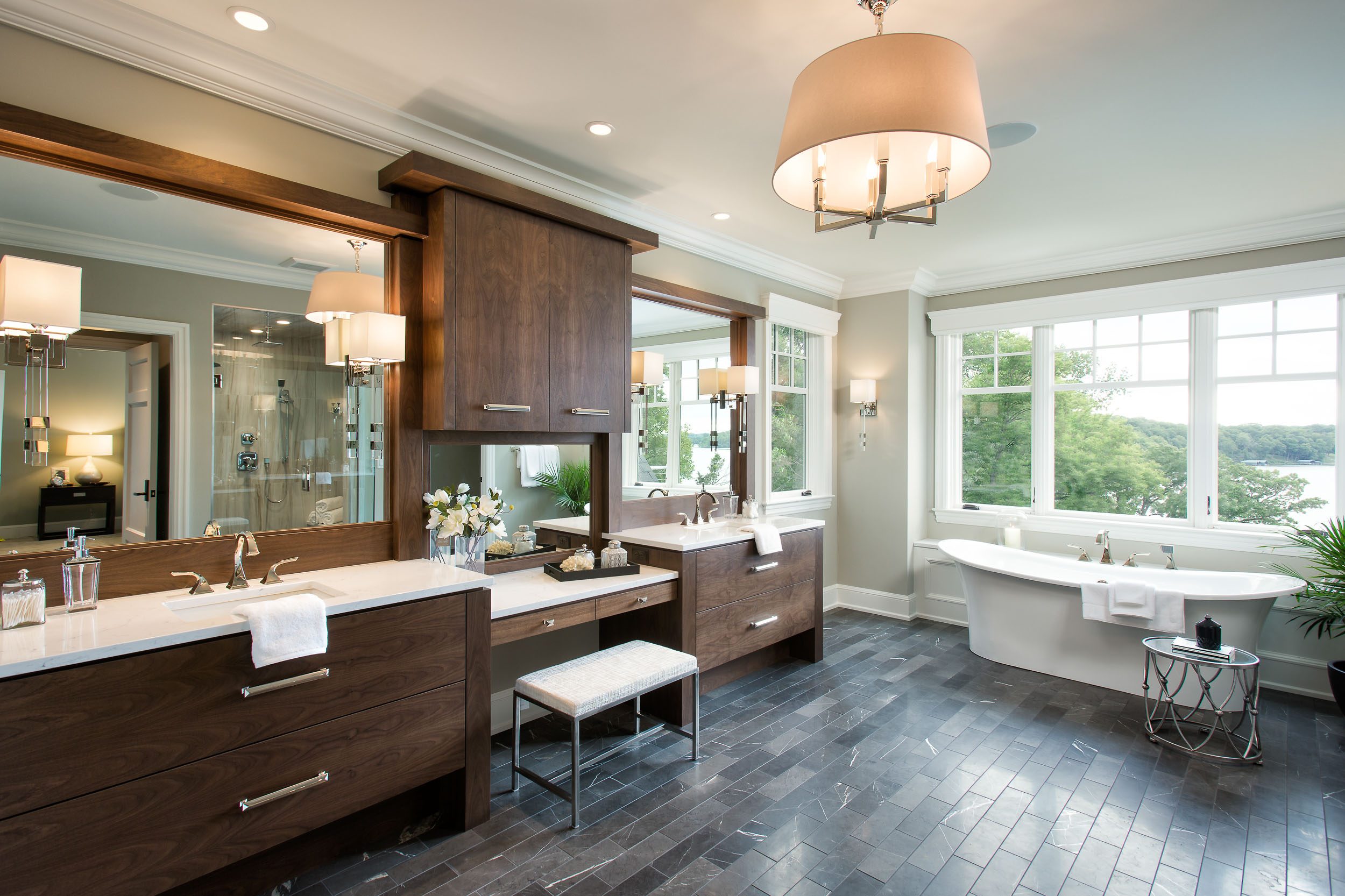 Lake Artisan Home Master Bath Image