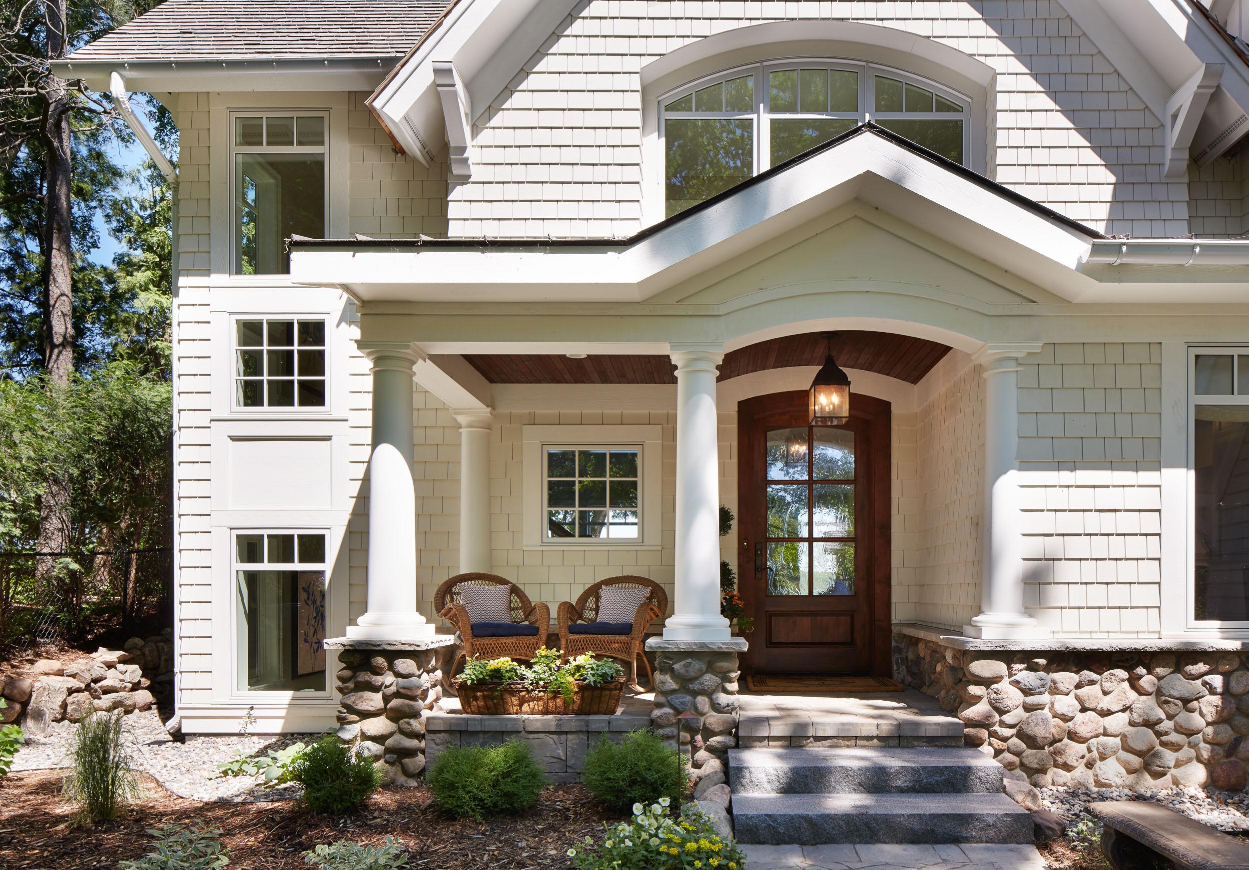 Lakeside Cottage Porch Image