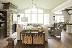 lake-cottage-living room