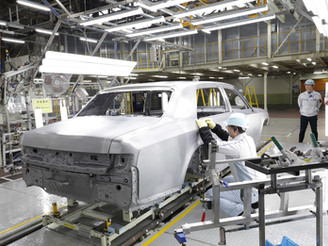Japanese Automakers Report Production Decrease in October Due to Parts Shortage