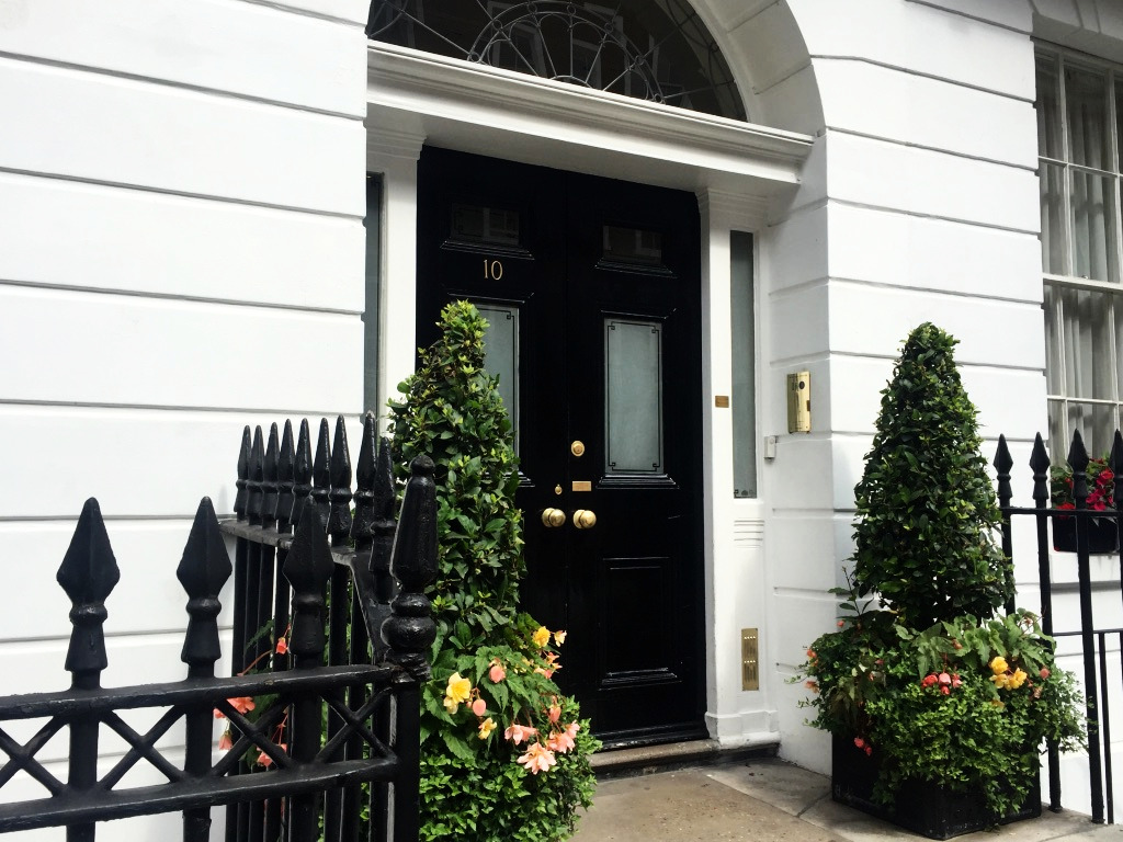 10 Harley Street. London. Pandey
