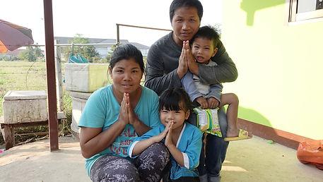 Go, Pii & kids-Chiang Mai.JPG
