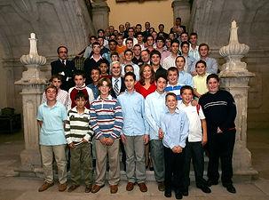 Alumnos y formadores del seminario de Uclés durante una visita del presidente de Castilla la Mancha. 2006