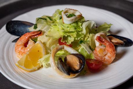 Салат из морепродуктов (200гр.)
