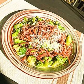 Спагетти с красным вином и брокколи (250гр.)