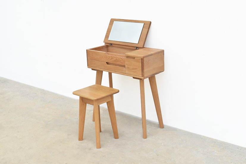 Dressing Table M1