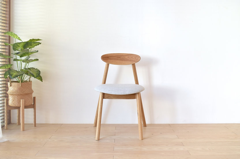 Milin M Cushion Chair