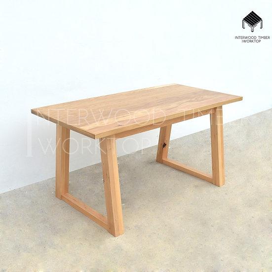 Glulam Table ขาสี่เหลี่ยมคางหมู (ขาไม้สนสวีเดน)