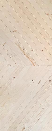 Finland pine Door Oblique V pattern K04 (ประตูไม้สน ลายเฉียงวี)
