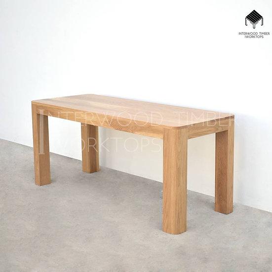 Curve corner table