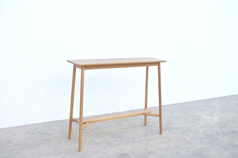 Albus Bar table