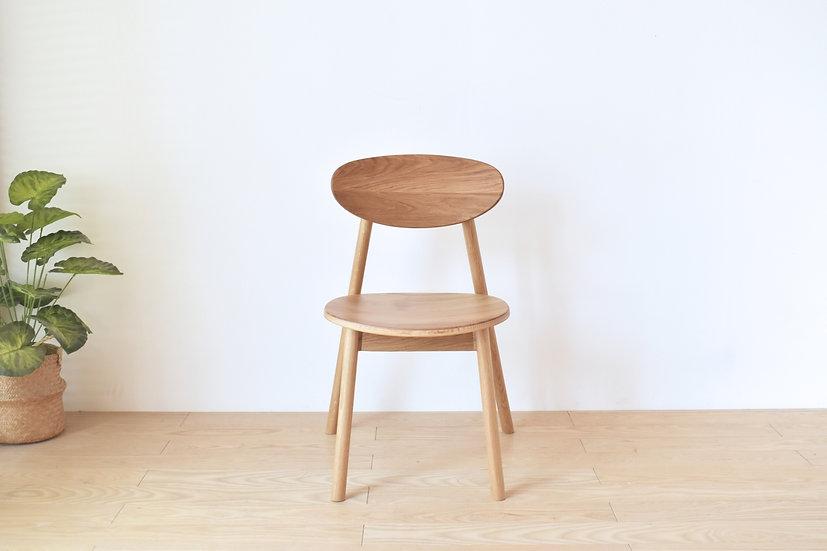 Milin L Chair