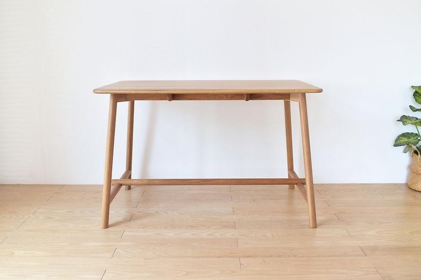 Mogi Table
