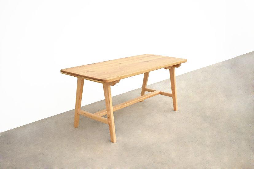 A-Slim Table  (ขาไม้สนสวีเดน)