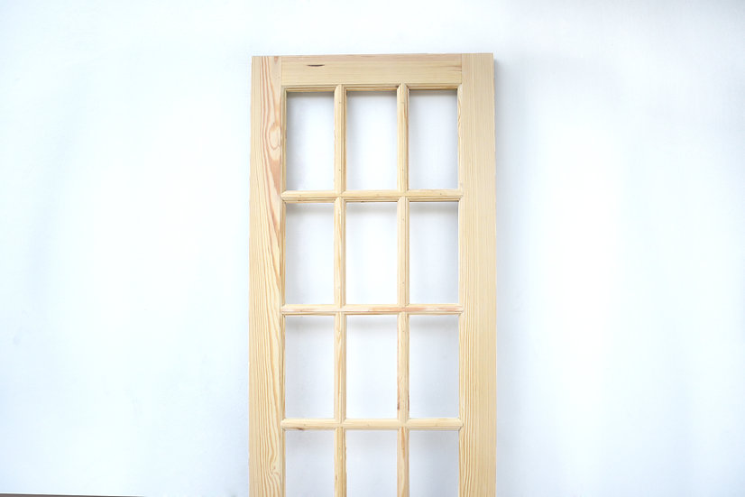 Ash Door 15 slots (ประตูไม้แอช 15ช่อง)