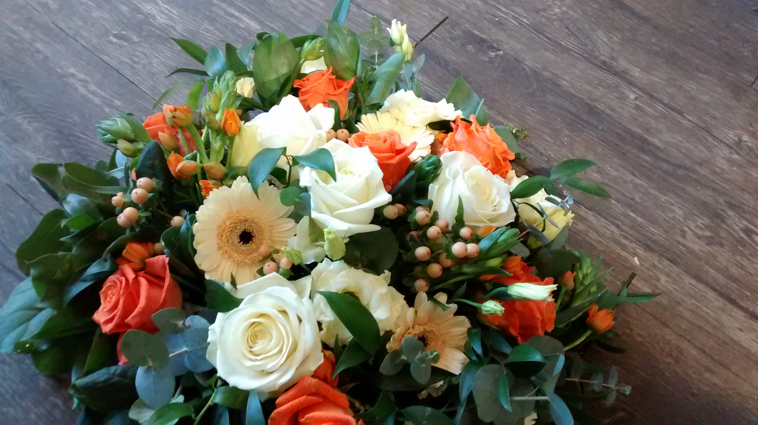 Posy Pad Orange and Cream