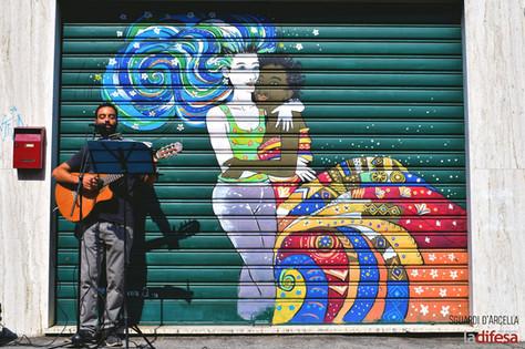 Il racconto della storia dei negozi e delle serrande dell'Arcella passa attraverso la musica