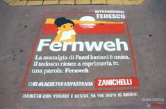 """Parole a """"rischio estinzione"""": Zanichelli le stampa sui marciapiedi dell'Arcella e di Padova"""