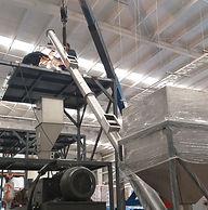 Fabricación e Instalación de Gusano Transportador Inclinado para manejo de Pellets a alta temperatura