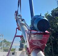 Basuca Helicoidal Móvil (Screw Auger) para manejo de Óxido de Magnesio en polvo fabricada en acero inoxidable tipo 304