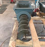 Dosificador de tornillo para manejo de carbonato